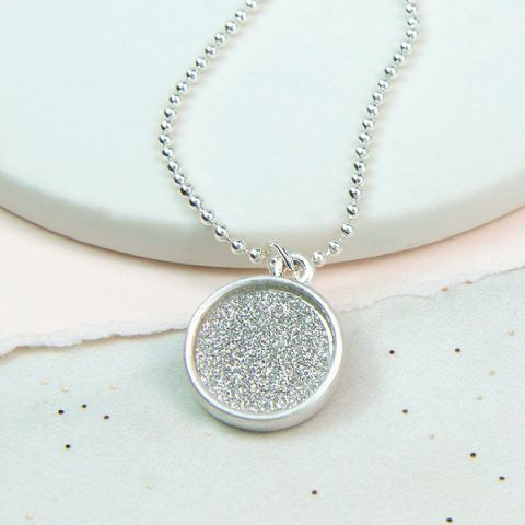 SIMPLE GLITTER DISC NECKLACE